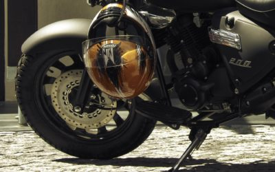 HOW TO CHOOSE YOUR MOTORCYCLE HELMET FOR THE SUMMER ?